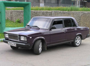 На фото - ВАЗ 2107 после чип-тюнинга, megalife.com.ua
