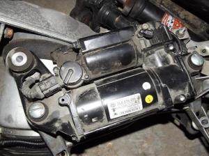 Фото ремонта компрессора пневмоподвески Туарег, avtoboot.ru