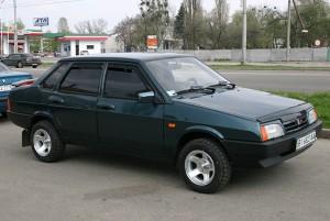 На фото - ВАЗ-21099 инжектор, ex.ua
