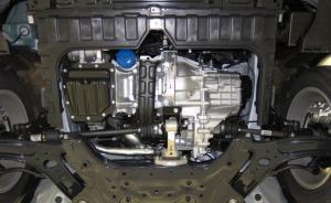 На фото - вывешивание автомобиля на подъемник, hyundai-solaris.com