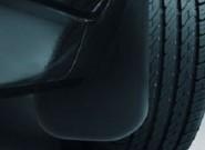 Брызговики на Форд Фокус – как продлить жизнь популярному хэтчбеку