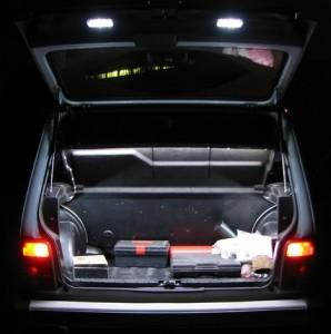 Фото освещения в багажнике Нива 2121, niva4x4.ru