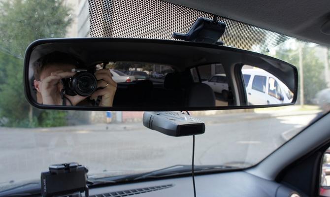 Фото установки панорамного зеркала