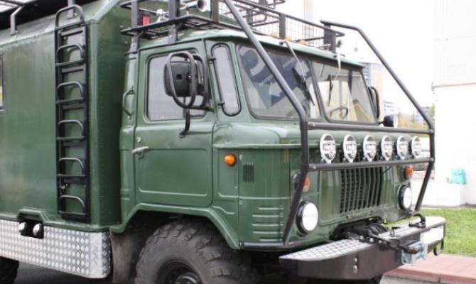 На фото - тюнинг кузова ГАЗ 66