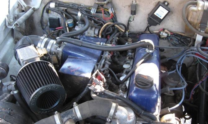 Фото монтажа импортных деталей под капот ГАЗ 21