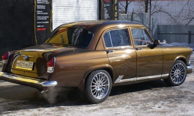 На фото - профессиональный тюнинг ГАЗ 21