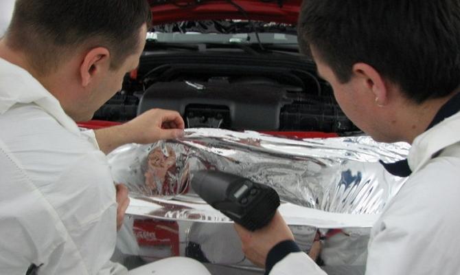 Нагревание виниловой пленки на авто