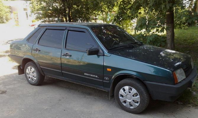 Стильный автомобиль ВАЗ 2199