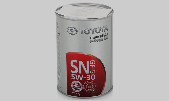 Обзор популярных видов моторного масла от компании Тойота фото