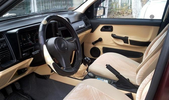 Изменения в салоне автомобиля Sierra хэтчбек