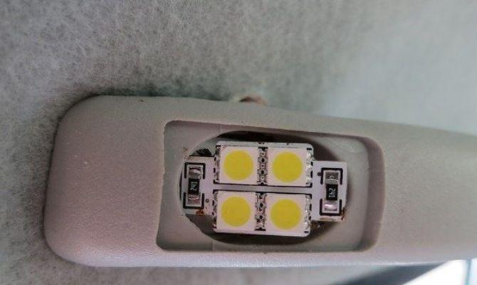 Дополнительная подсветка в салоне Калина седан фото