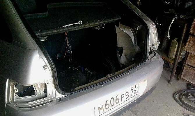 Демонтаж задней оптики ВАЗ 2110
