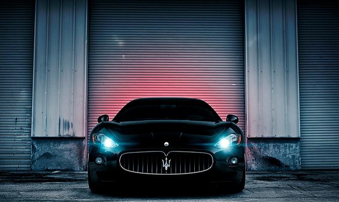 Фонари авто с неоновыми лампами
