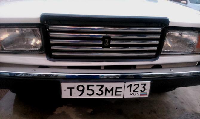 Хромированная радиаторная решетка ВАЗ 2107