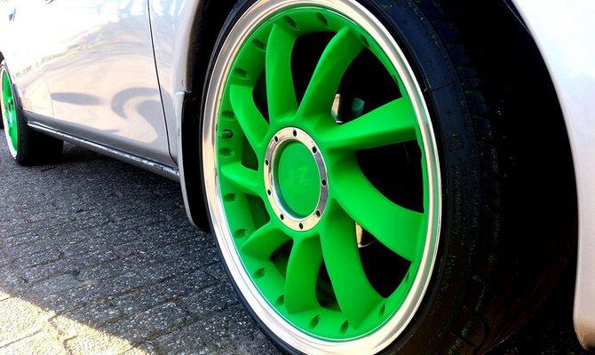 Покраска колесных дисков – методы и самостоятельное выполнение