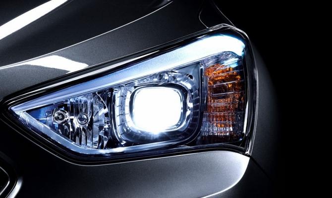 Освещение подкапотного пространства – светодиоды или неоновые лампы?