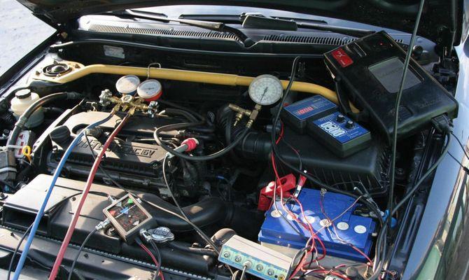 Проверяем двигатель и инжектор с помощью специального оборудования