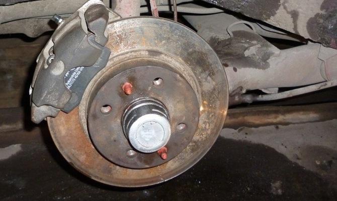 Подточка дисков тормозной системы – вместо замены деталей