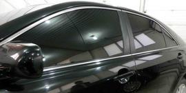 Тонировка лобового стекла – можно ли наносить пленку и как это сделать новичку?