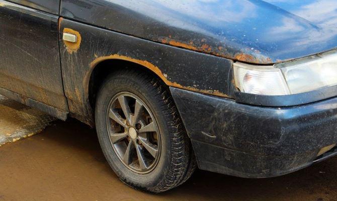 Ржавчина, проступающая на кузове, сильно вредит и не только эстетическому виду вашего авто