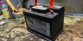 Напряжение аккумулятора автомобиля – как провести измерения и судить по ним о состоянии батареи