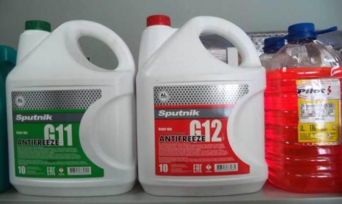 Главная заповедь при смешивании жидкостей: смотрим внимательно на состав, указанный на емкости