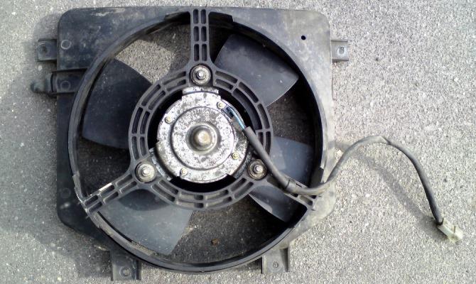 На автомобилях с механическим приводом вентилятора диагностика проводится визуально