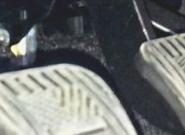 Скрипит педаль сцепления – как выявить и устранить причины?