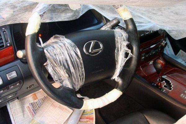 Как покрасить руль автомобиля, не обращаясь в сервис?