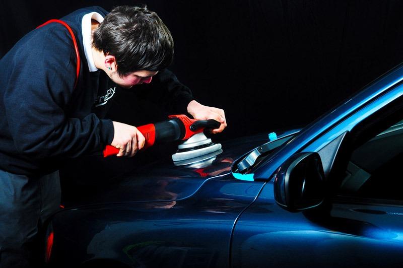 Полироль для кузова авто — назначение и особенности выбора