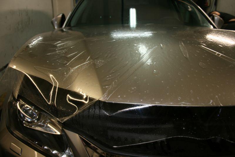 Антигравийная пленка на авто – защитим покрытие кузова от внешних воздействий