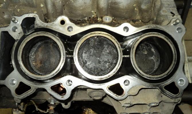 Увеличенный расход масла – почему двигатель стал таким прожорливым?