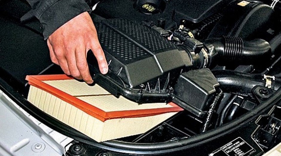 Как поменять воздушный фильтр в машине — профессиональные советы для автолюбителей