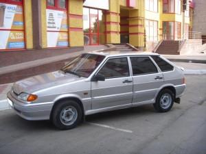 На фото - ВАЗ 2114, avtomobile.cc