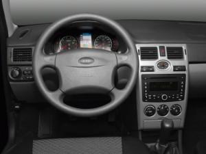 Фото салона Лады Приоры, autonavigator.ru