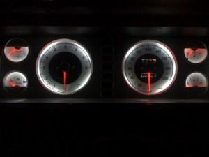 На фото - новый дизайн приборной панели ВАЗ 2107, форум-авто35.рф