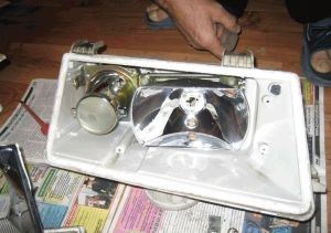 Фото замены ламп в оптике ВАЗ 2112, лада2111.рф