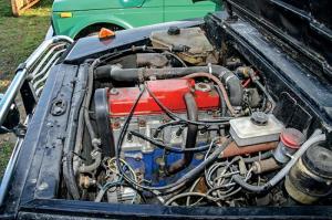На фото - тюнинг двигателя Луаз 969м, ru.wikipedia.org
