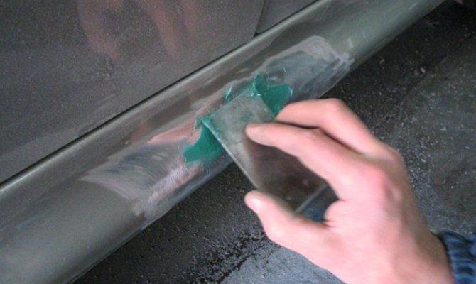 Фото шпатлевки порогов автомобиля