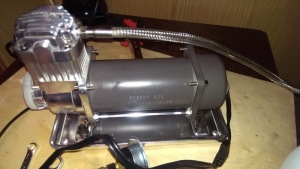 Фото компрессора для пневмоподвески ВАЗ 2114, drive2.ru