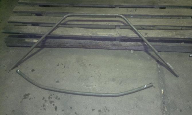 Фото металлической трубы для изготовления защиты бампера