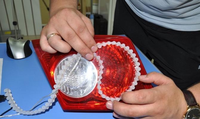Подключение проводов светодиодной ленты в фаре авто