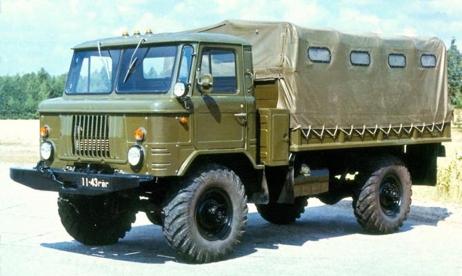 На фото - грузовик ГАЗ 66