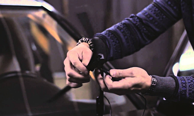 Замена щеток стеклоочистителя автомобиля Octavia A5