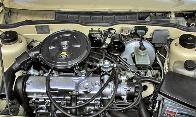 Стандартный серийный двигатель ВАЗ 2108