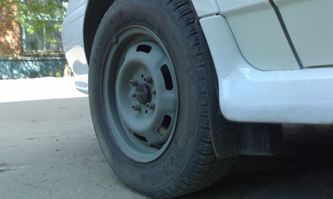 Брызговики для защиты машины от грязи и пыли
