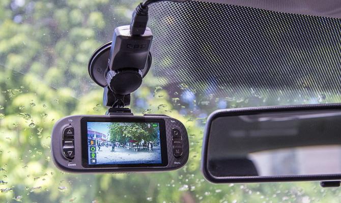 Модель с разрешением Super Full HD