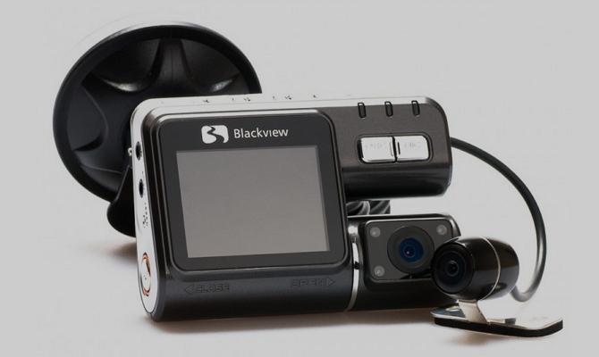 Модель X300 Dual Camera с двойной камерой