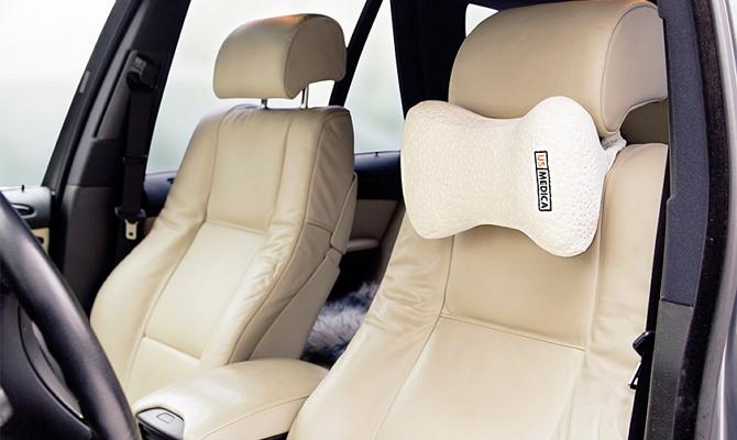 Специальная подушка под шею водителя