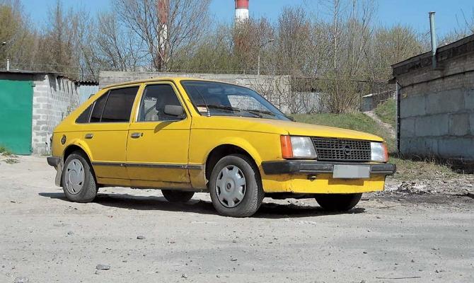 Автомобиль Опель с «бюджетными» мотором невысокого объема